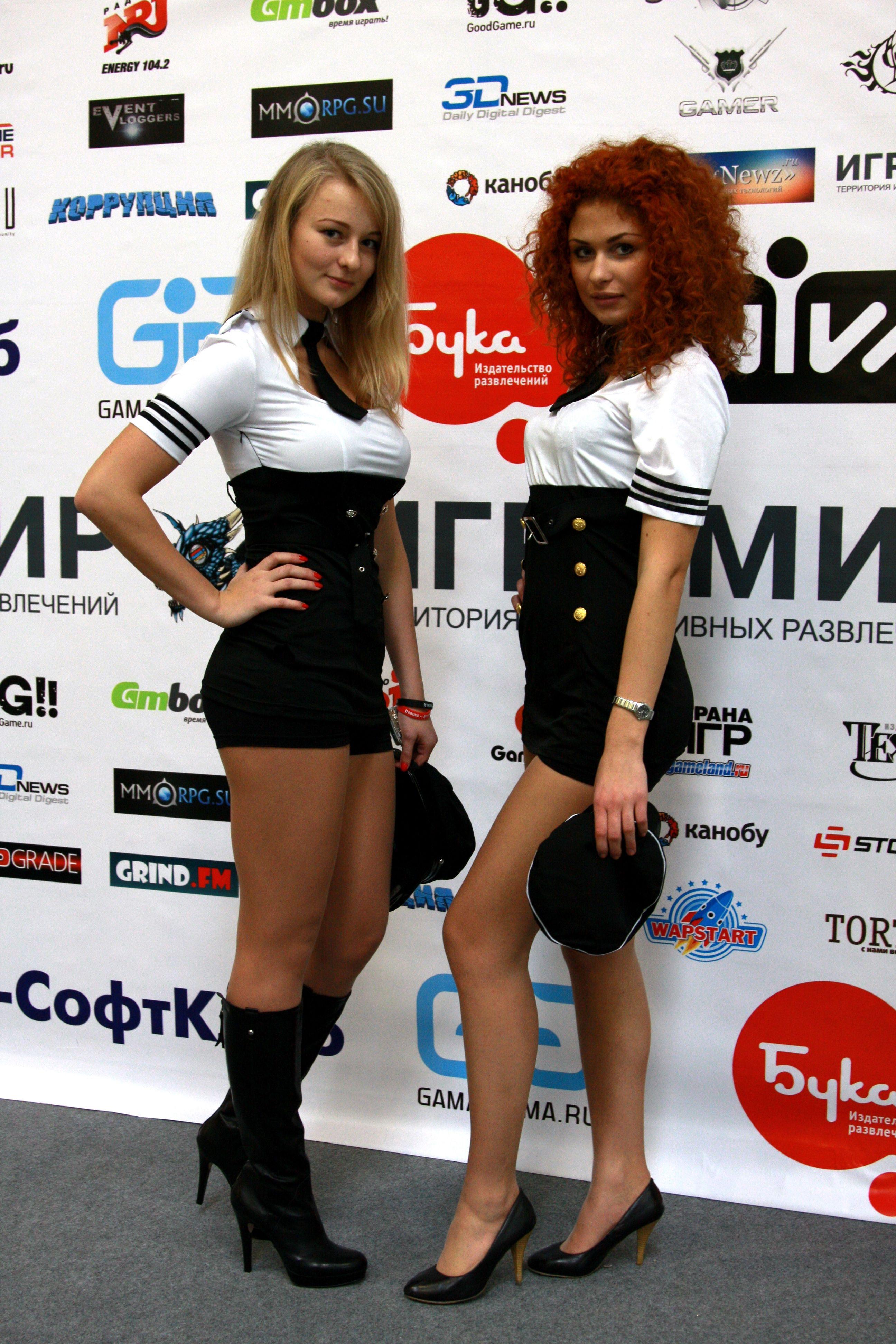 Девушки с выставки Game Show 2012 в Токио. Сексуальный девушки с